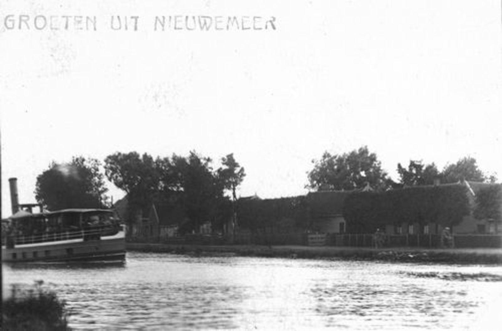 <b>ZOEKPLAATJE:</b>Nieuwemeerdijk 0000 0001 19__ Onbekend Groeten uit_ReExp