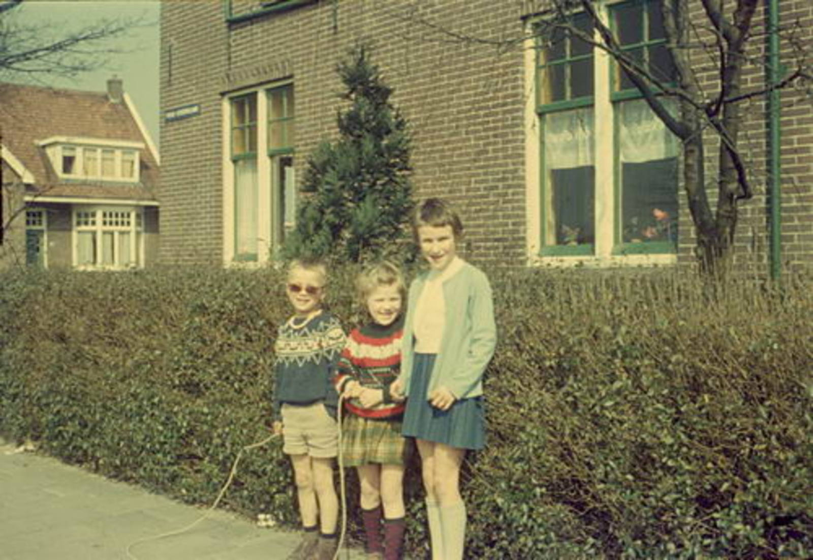Nieuweweg O 0058 1962± met Liesbeth Mannessen ea