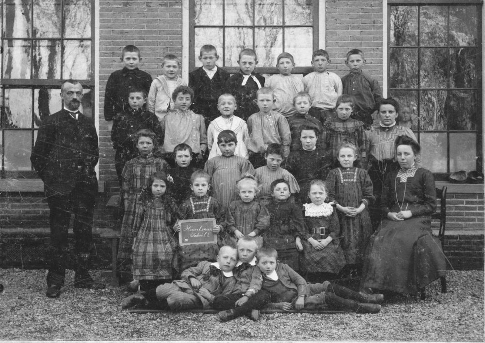 Openbare School 02 1910± Klas 3 met kinderen v Krimpen