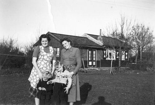 Oude Kruisweg Z 0206 1950-59 Noodwoning Kees Peetoom