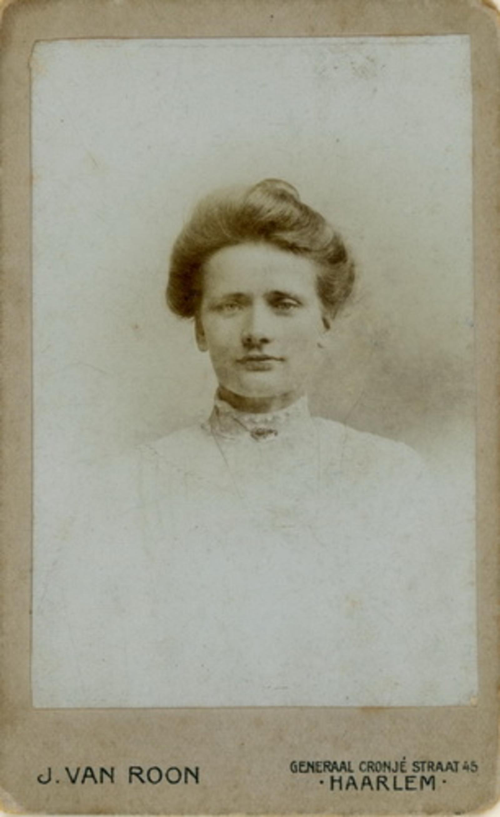 Ouden Pieter den 1875 19__ Portret met vrouw Emma C de Regt 02