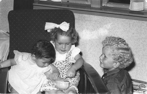 Pijpers Cees 1924 1957 Kinderen in Huis 01
