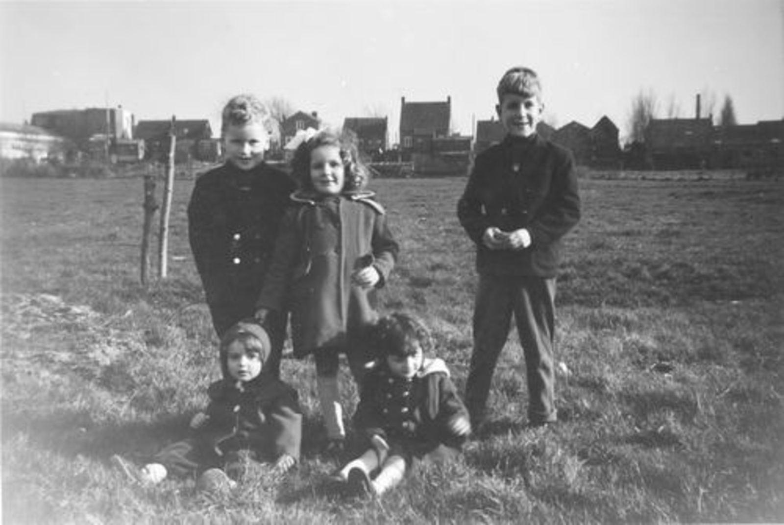 Pijpers Cees 1924 1959± Kinderen in Weiland 03