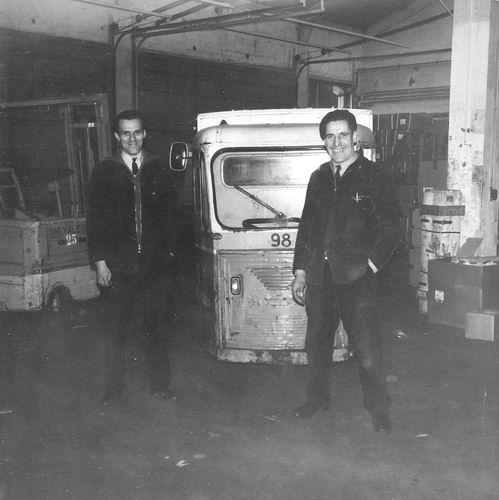 Pijpers Cees 1924 196_ op Vrachtafdeling Schiphol 02