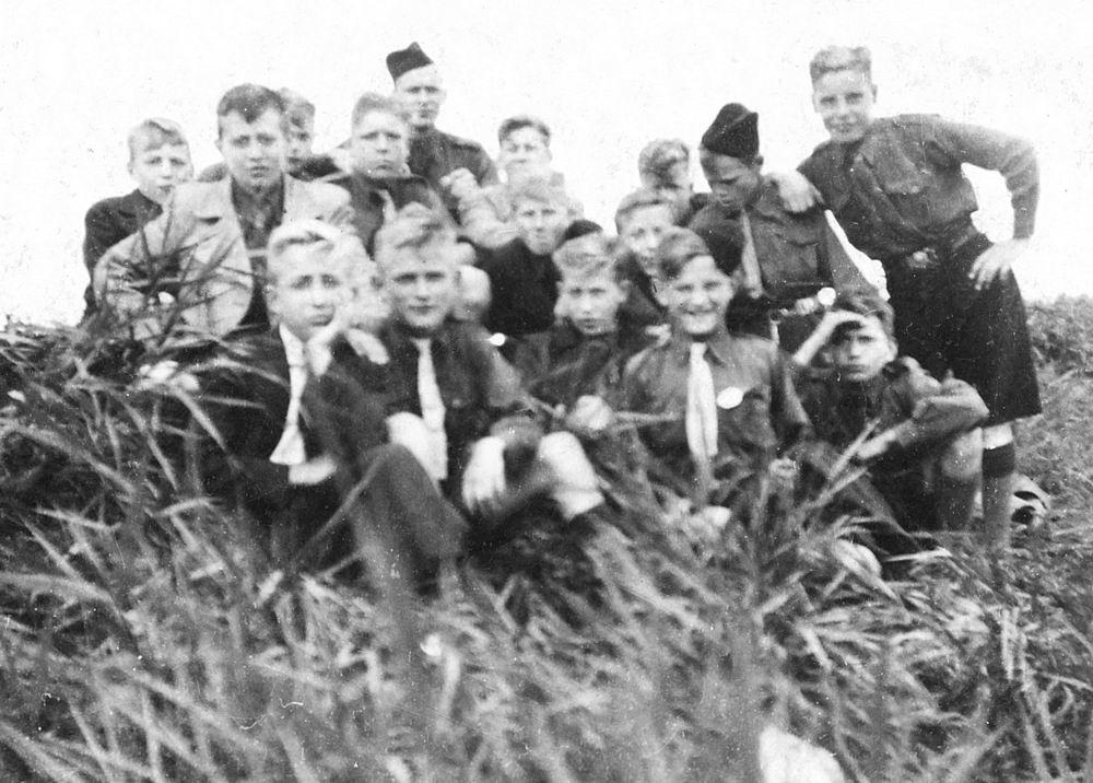<b>ZOEKPLAATJE:</b>Pijpers Cees 1924 19__ bij Jongensclub Kruisvaarders van St Jan 02