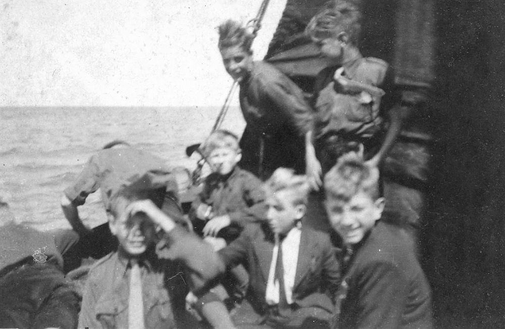 <b>ZOEKPLAATJE:</b>Pijpers Cees 1924 19__ bij Jongensclub Kruisvaarders van St Jan 04