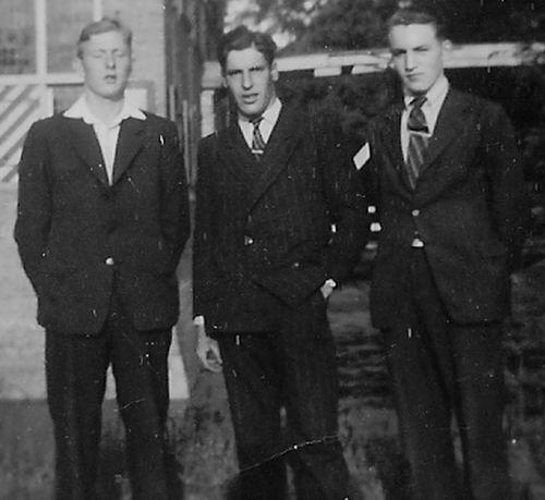 Pijpers Cees 1924 19__ Fietsvakantie met broer Dirk en Jan Hulsbosch 03