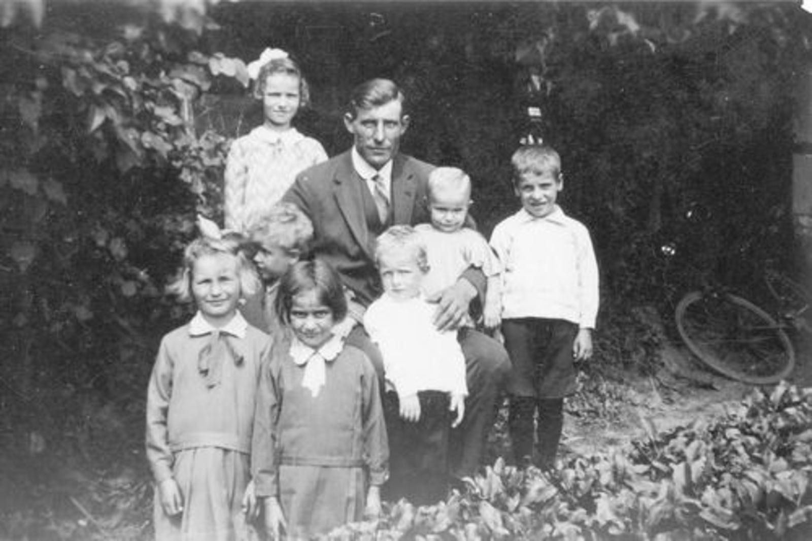 Pijpers Cornelis L 1896 1930± met Kinderen