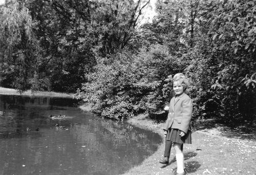 Pijpers Veronica 1955 19__ in Wandelbos Hoofddorp