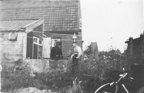 Fortweg W 0039 1956 met Fons Koolbergen en Jan vd Pol