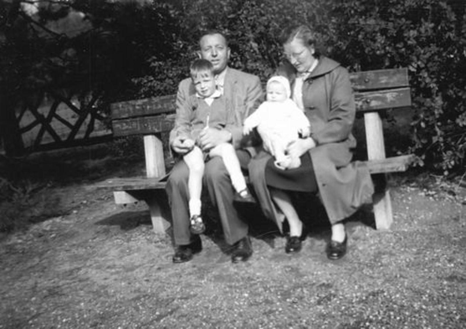 Poortvliet Daan 1916 1957± Gezin in Wandelbos