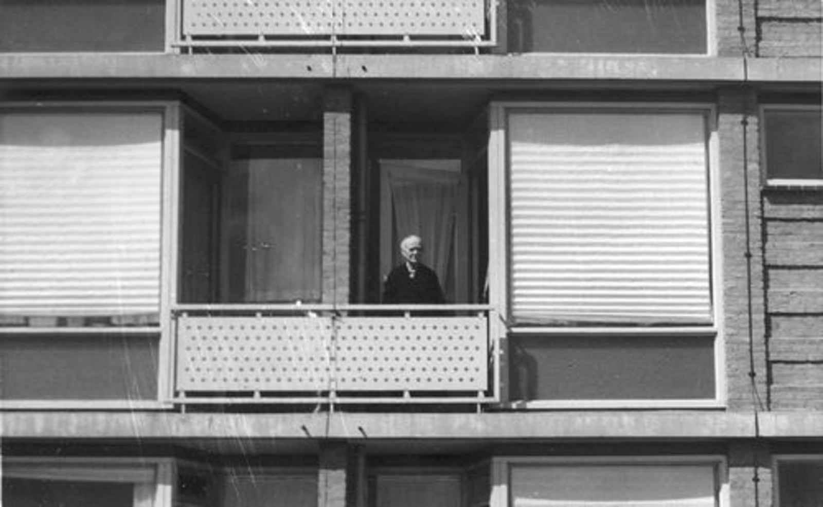 Prins Bernhardstraat O 0019 1962- Meerstede met Marijtje Stroomer-Koppedrajer