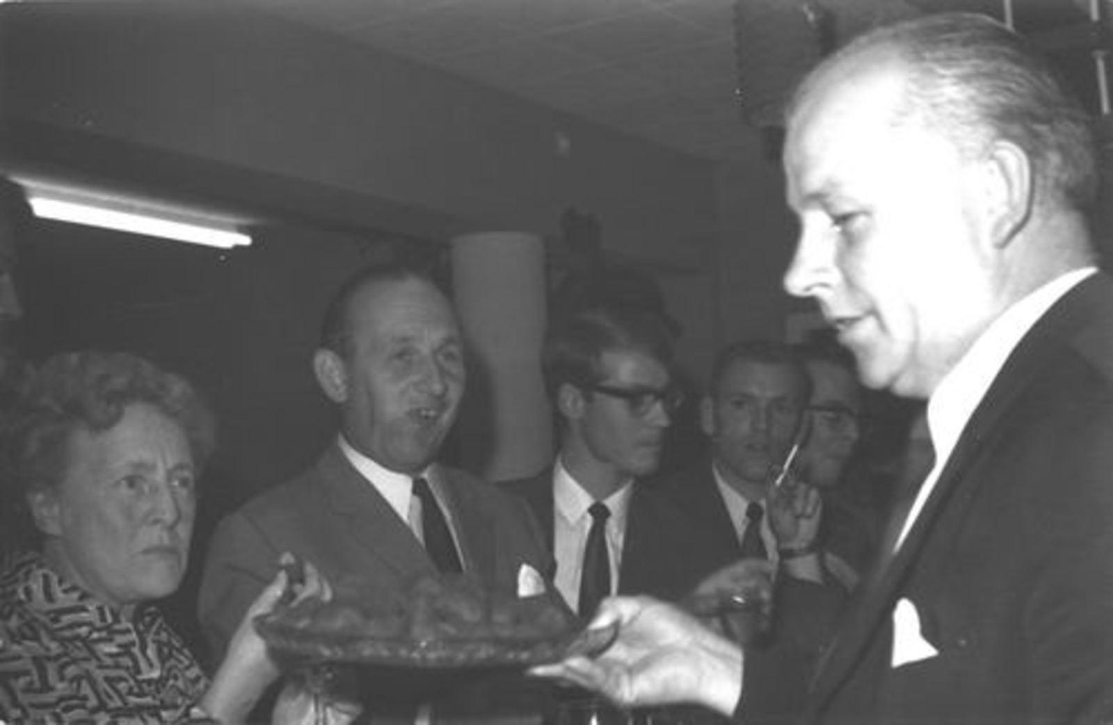 RK School Hoofddorp 1970 afscheid Mej Lohmann 03