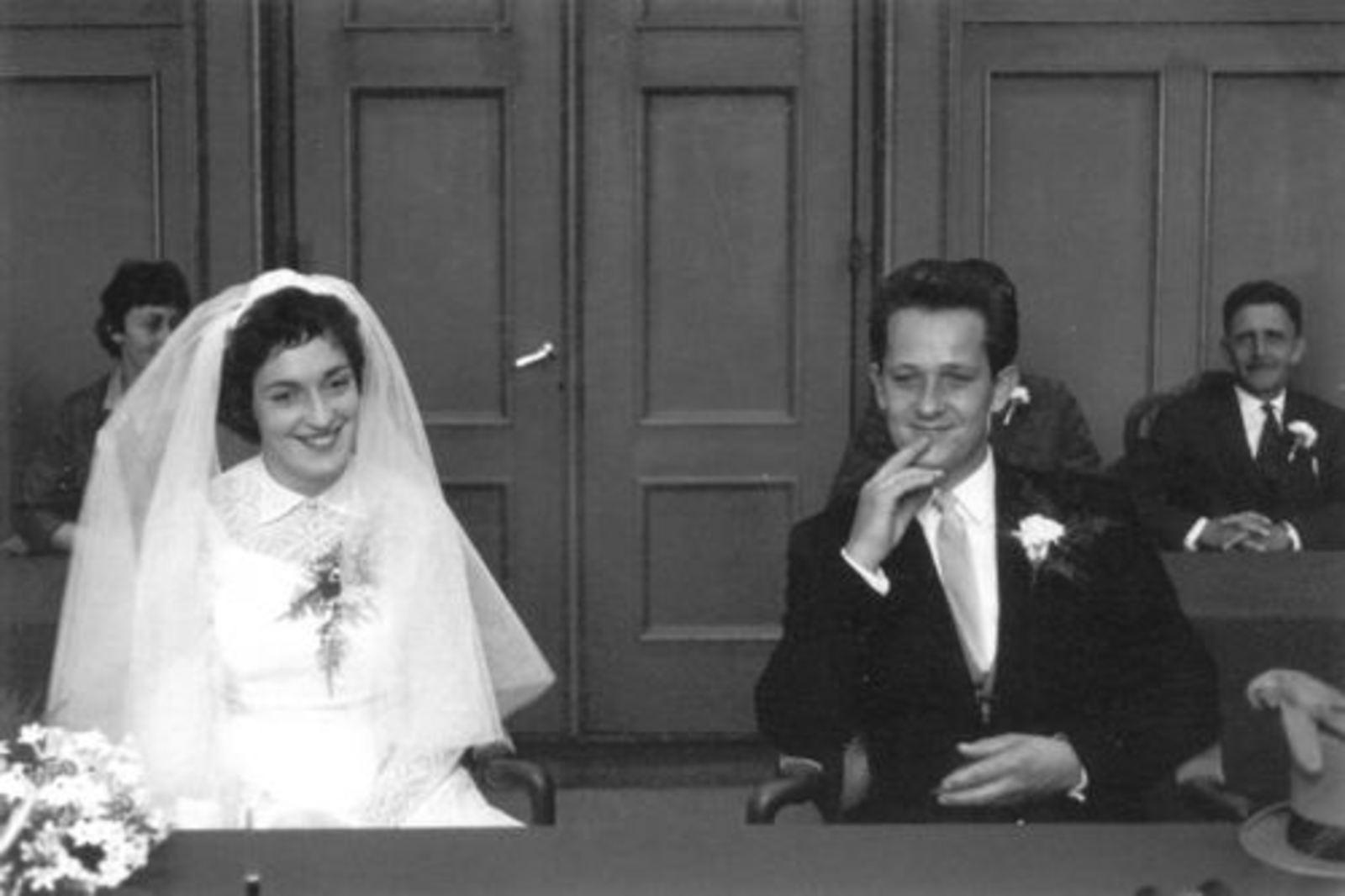 Robijn Henk 1938 19__ trouwt Thea Compier 02