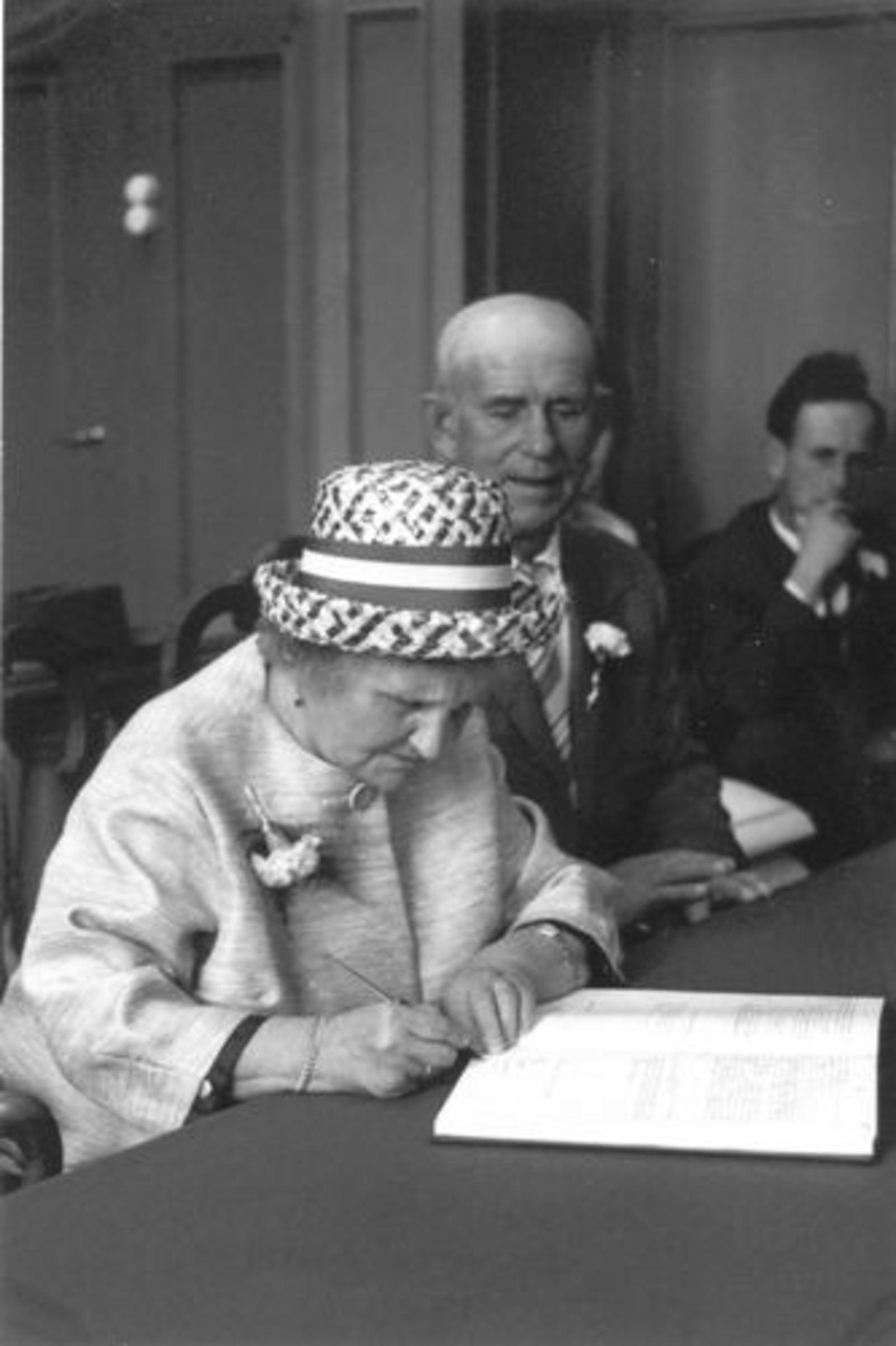 Robijn Henk 1938 19__ trouwt Thea Compier 05