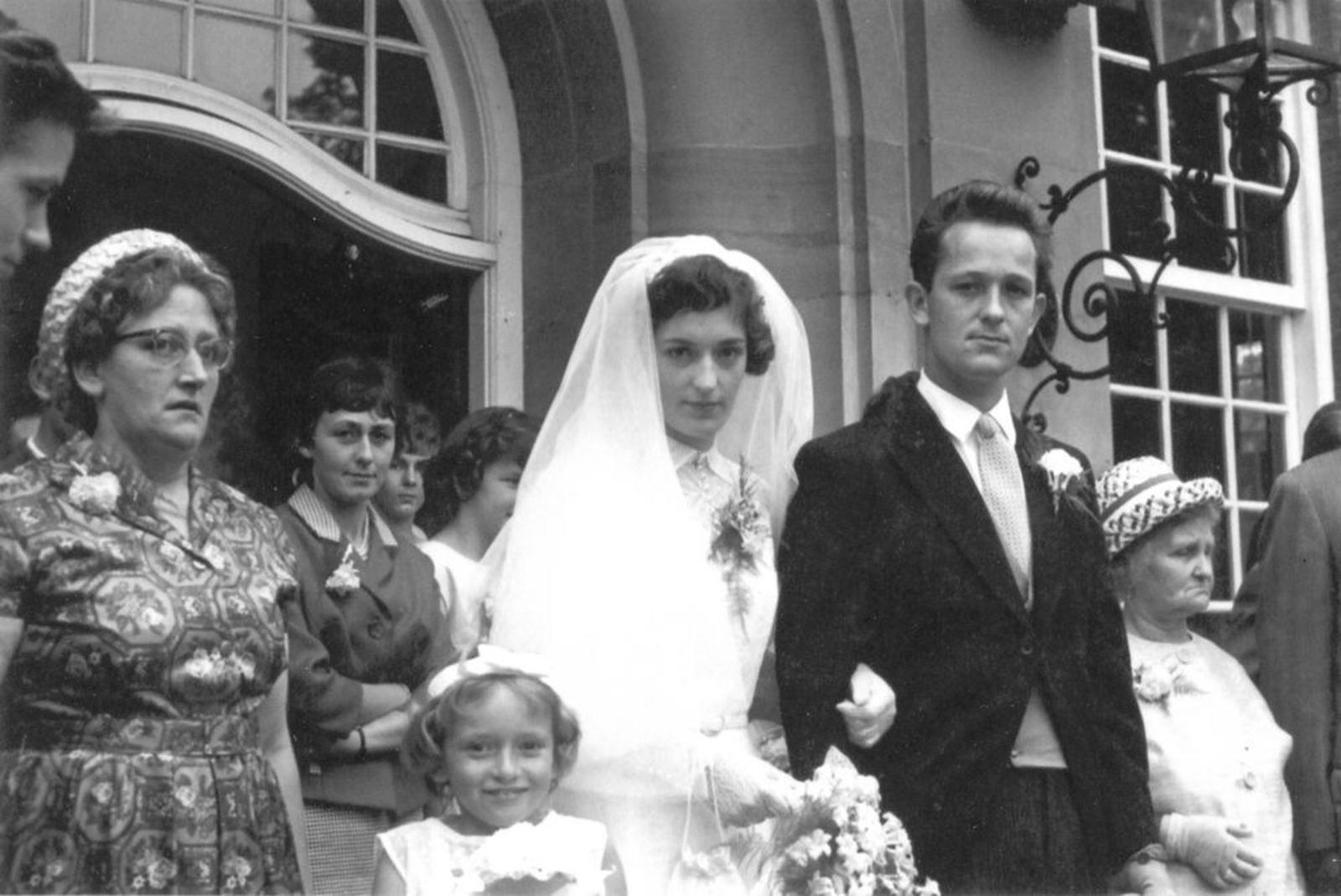 Robijn Henk 1938 19__ trouwt Thea Compier 06