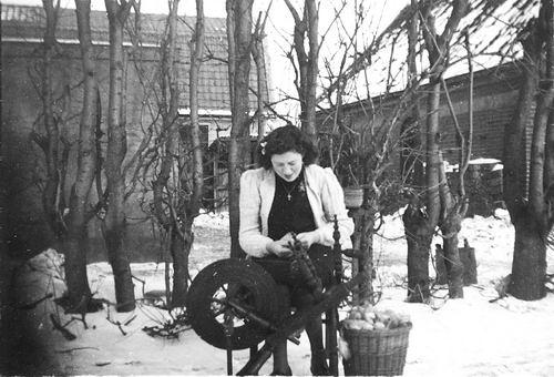 Robijn Ploon 1928 19__ op Spinnewiel in de Sneeuw