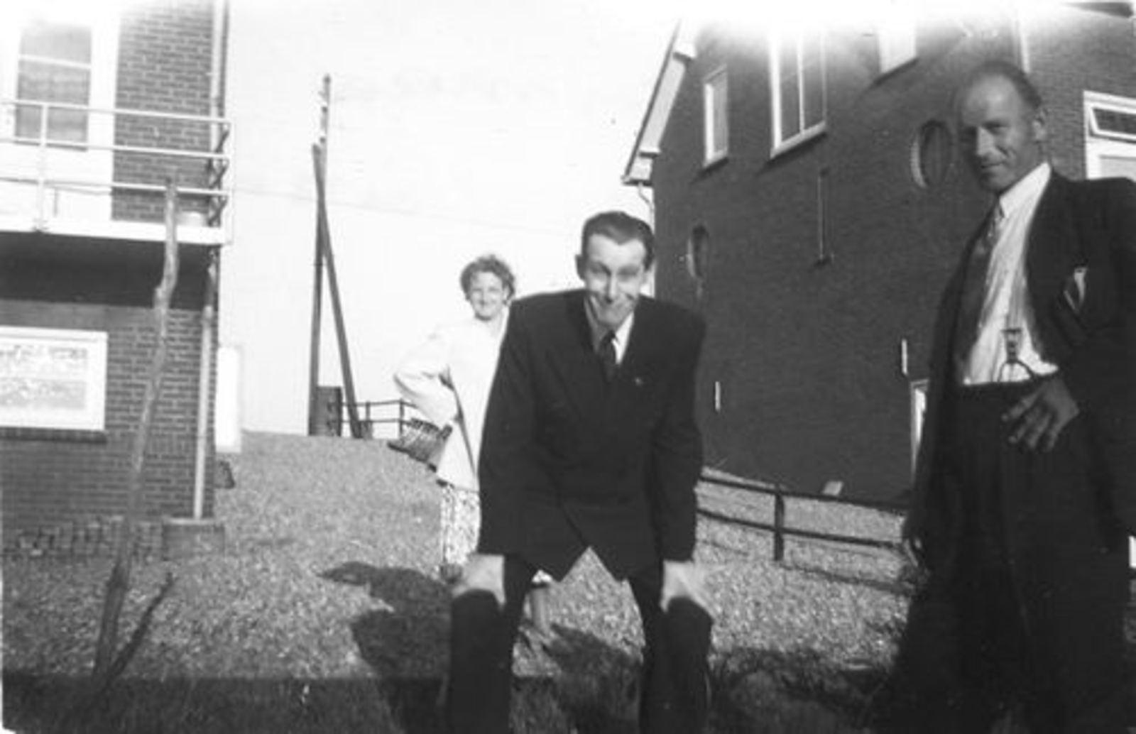 Schipholdijk 0205 1949± met fam Galis bij fam Jan Ekkerman 05