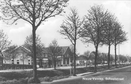 Schoolstraat 0005ev 1967 vanaf Venneperweg