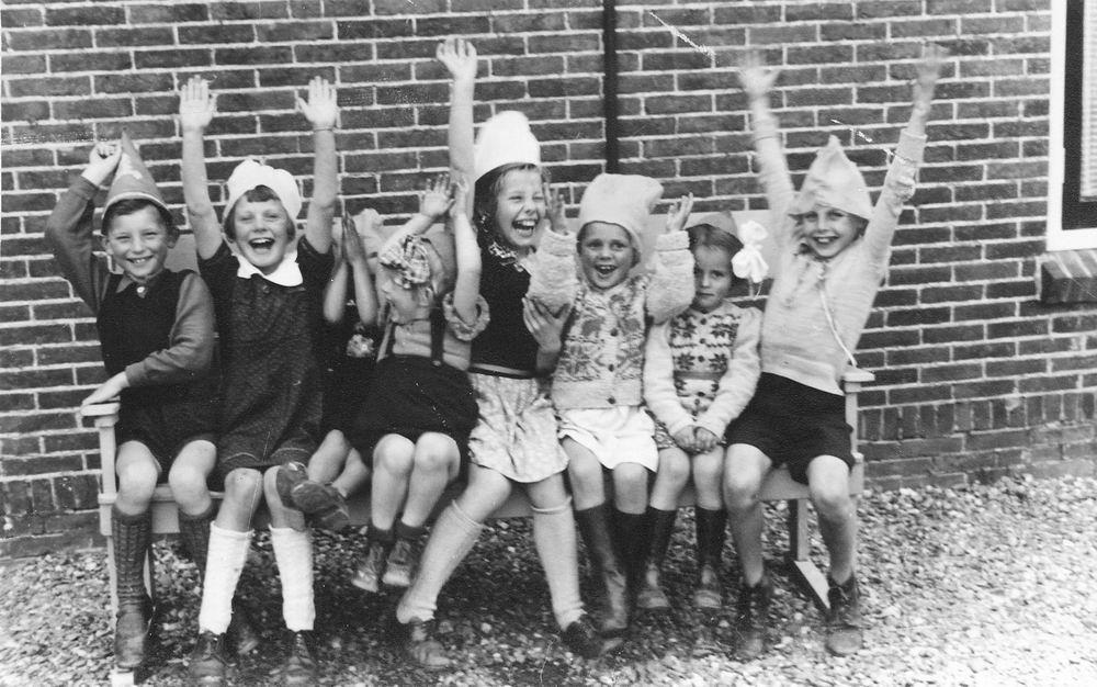 Schreuders Gert 1932 19__ op Kinderfeestje