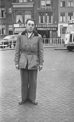 Schreuders Leen 1935 195_ in Leiden bij Taxibedrijf de Groot