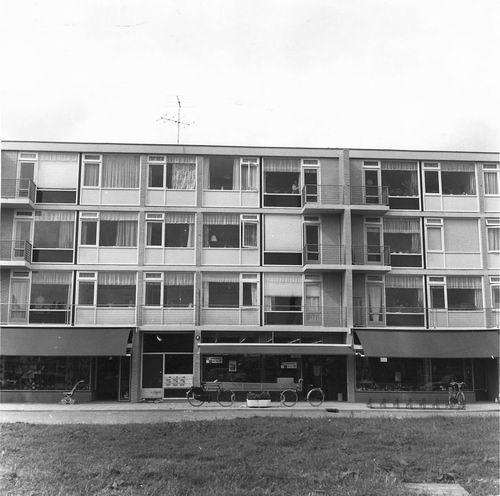 Sloterweg W 0103 1962 Winkelcentrum met Winkel Jamin