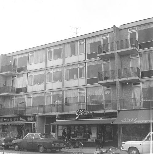 Sloterweg W 0103 1967 Winkelcentrum met Winkel Jamin 01
