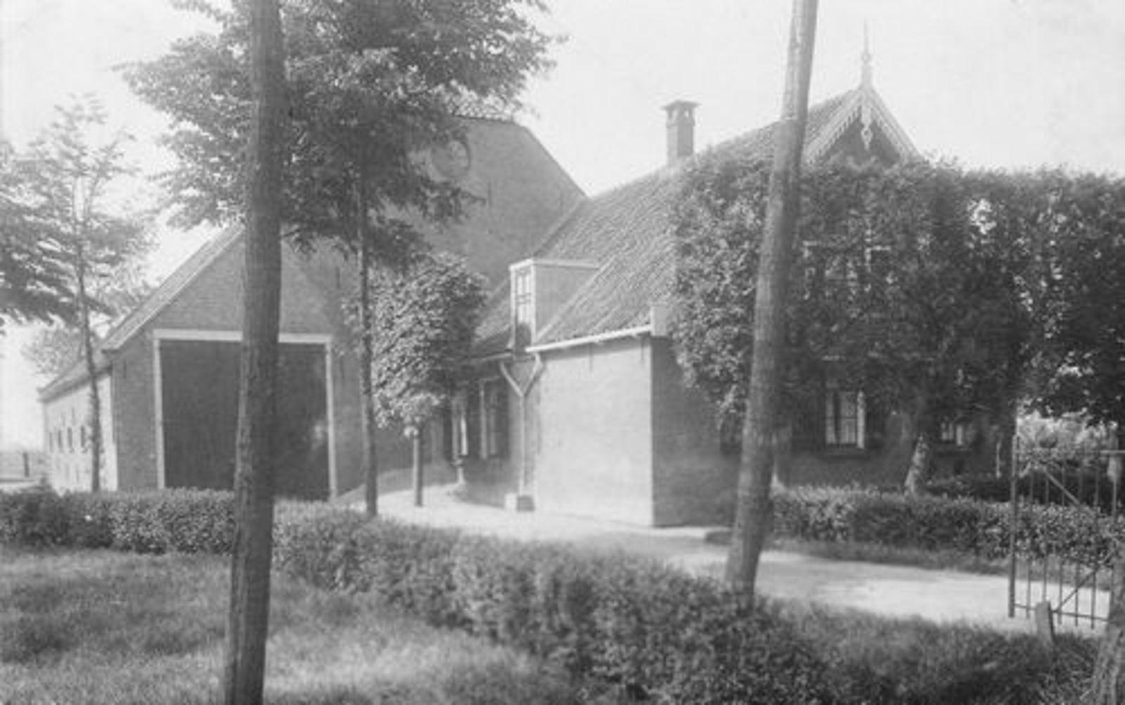 Sloterweg W 0411 1938± Boerderij fam v Dam