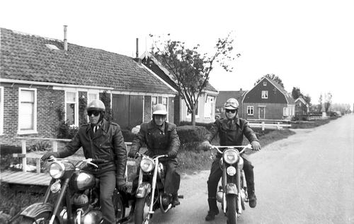 Sloterweg W 0723- met oa Kruidenier Gilea v Andel