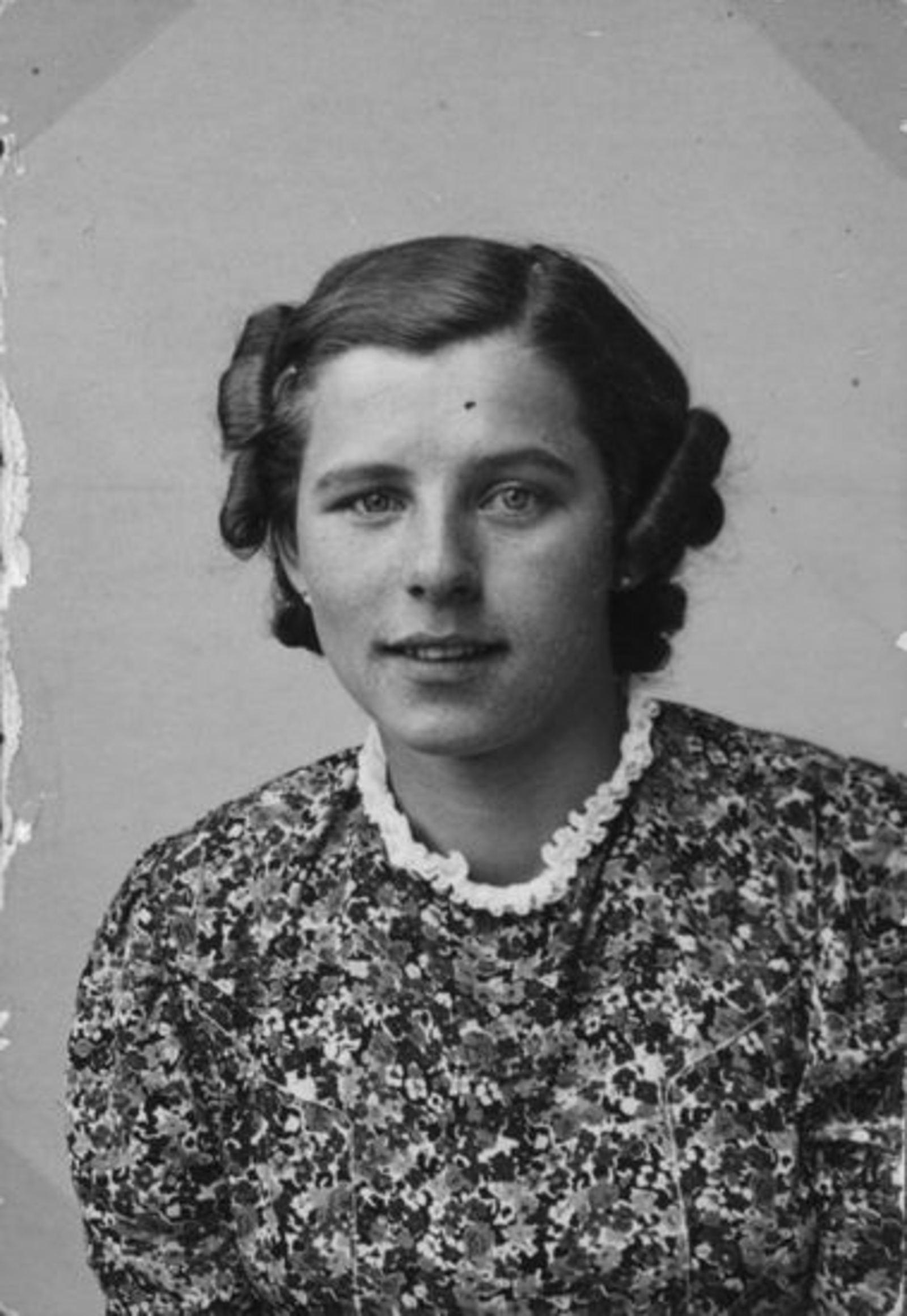 Sluis Gerrij 1917 19__ Portret 01