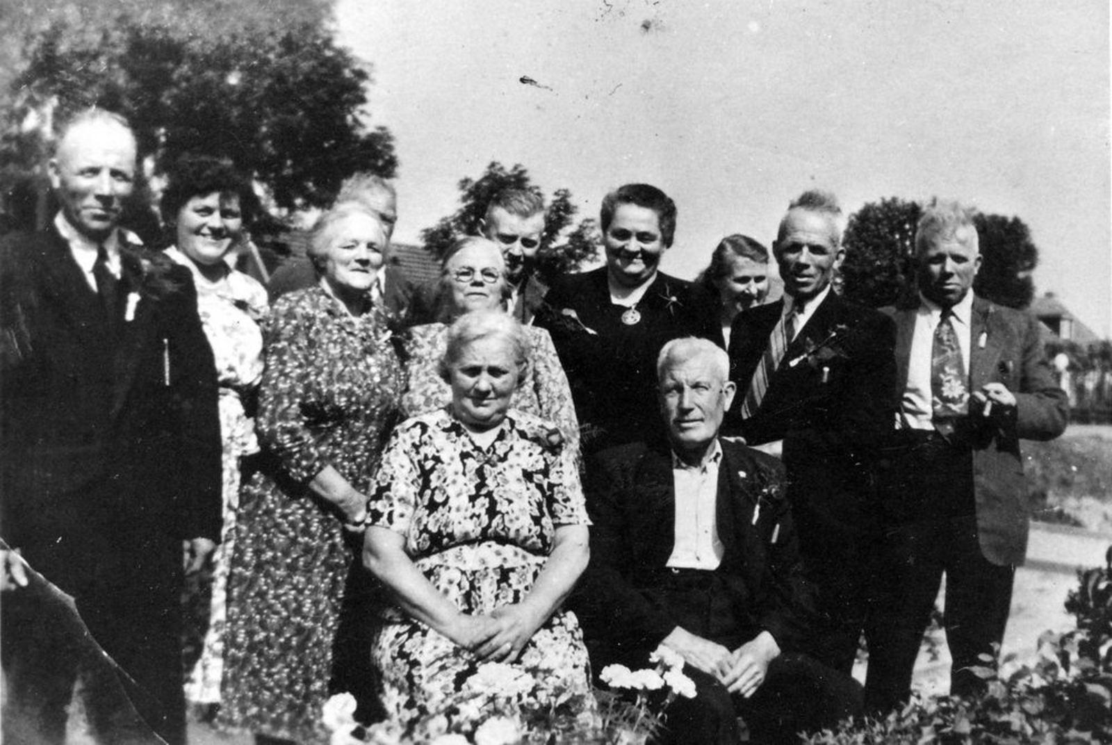 Smit Anna 1952 40jr getrouwd met Maarten Joren