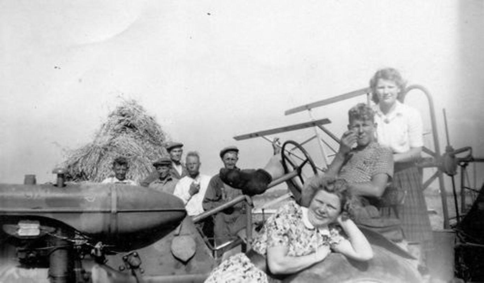 Smit Leendert 1898 1950 Korenoogst bij Groenenberg aan IJweg