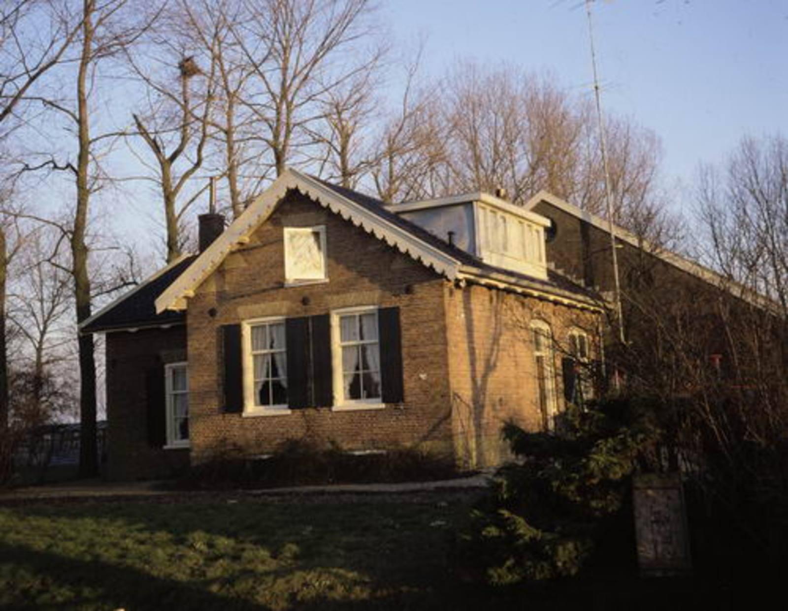 Spieringweg O 0536 1989 boerderij Schapenburg