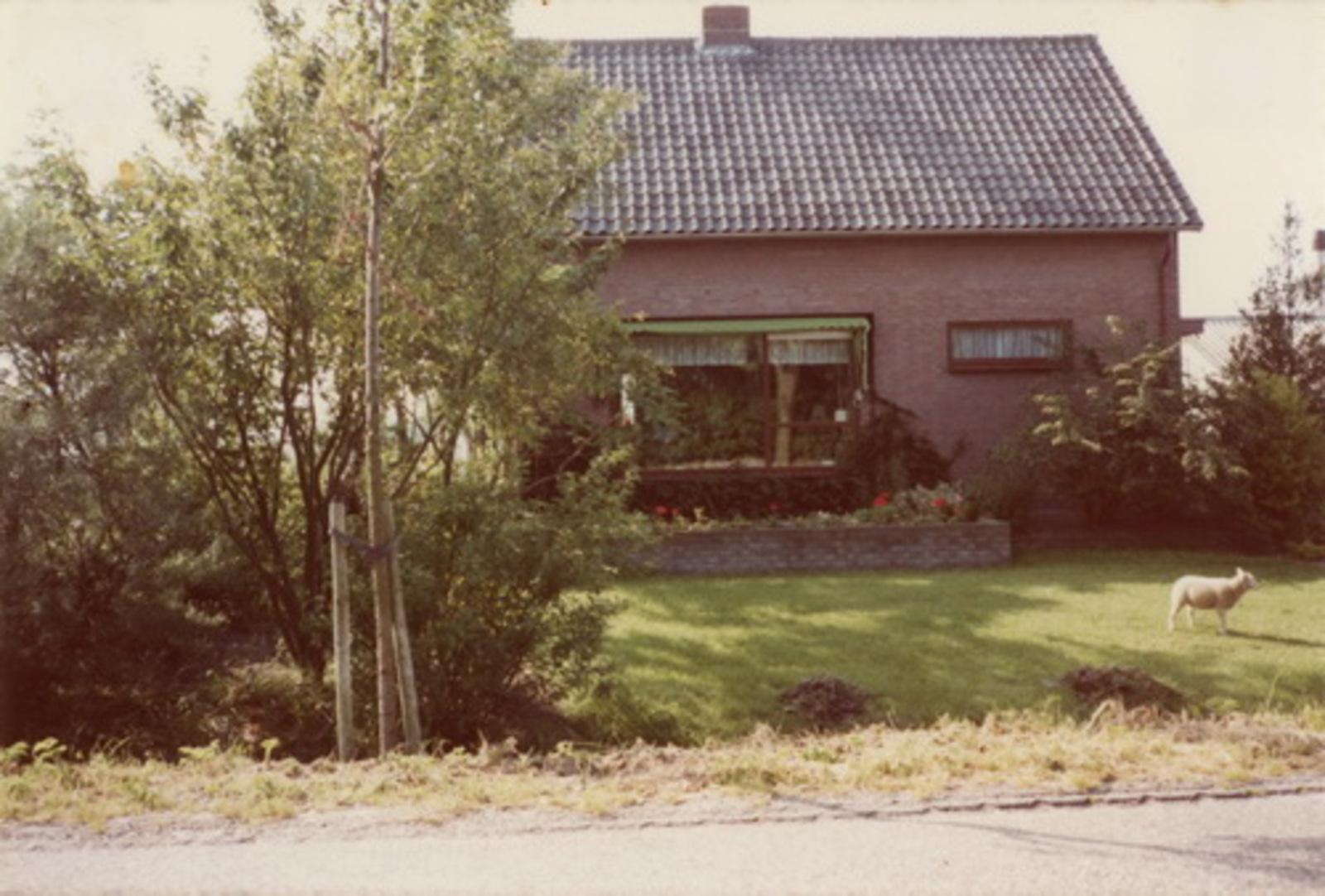 Spieringweg Onbekend 1983 huize fam Volwater