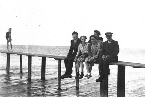 Stieva Cornelis L 1876 19__ met familie naar Valkeveen 01