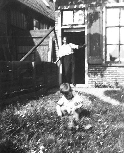 Stieva Steef 1903 1935+ met zoontje Kees 01