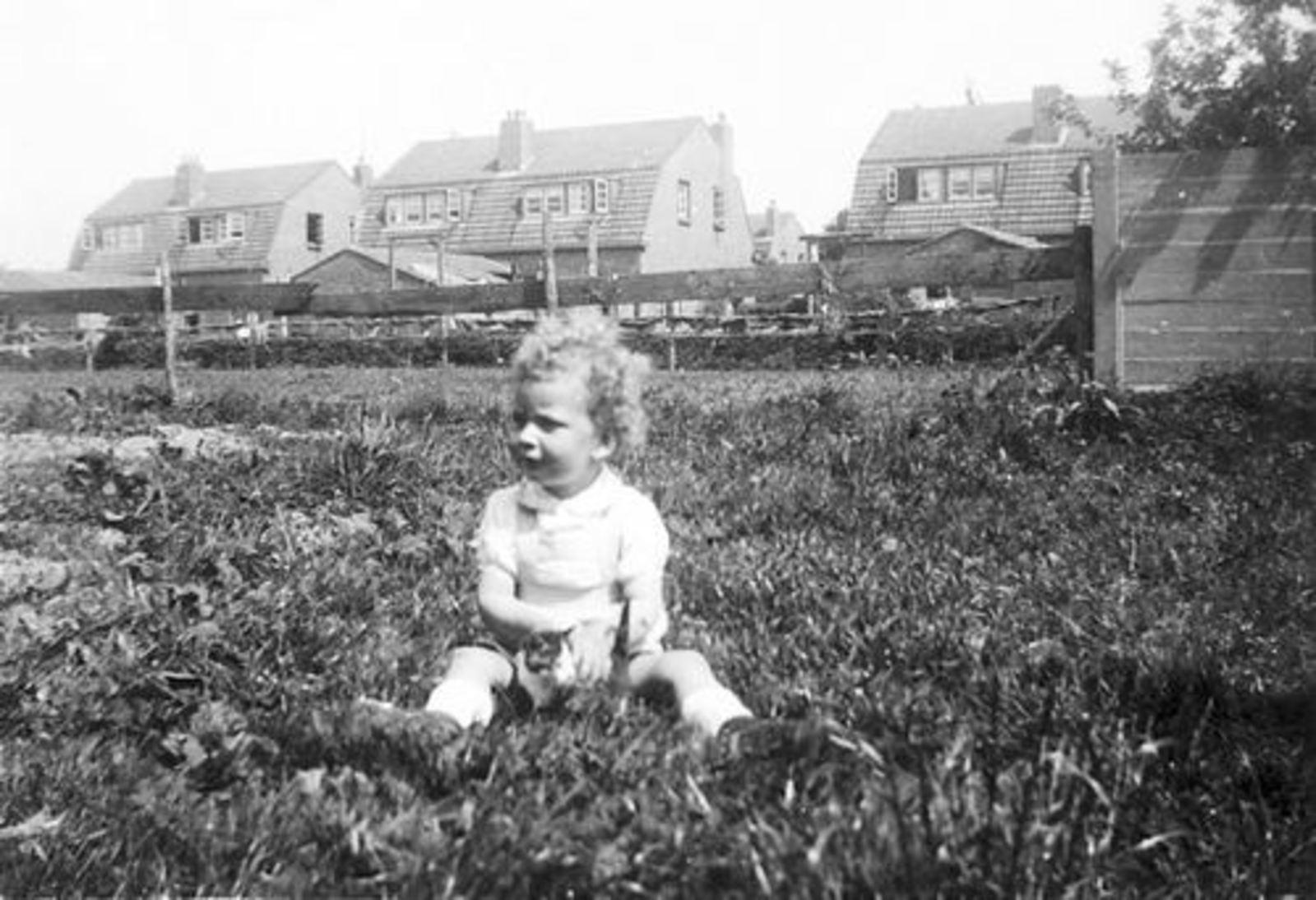 Tulen Maarten 1948 1950± Peuter met Padua Huizen Fortweg
