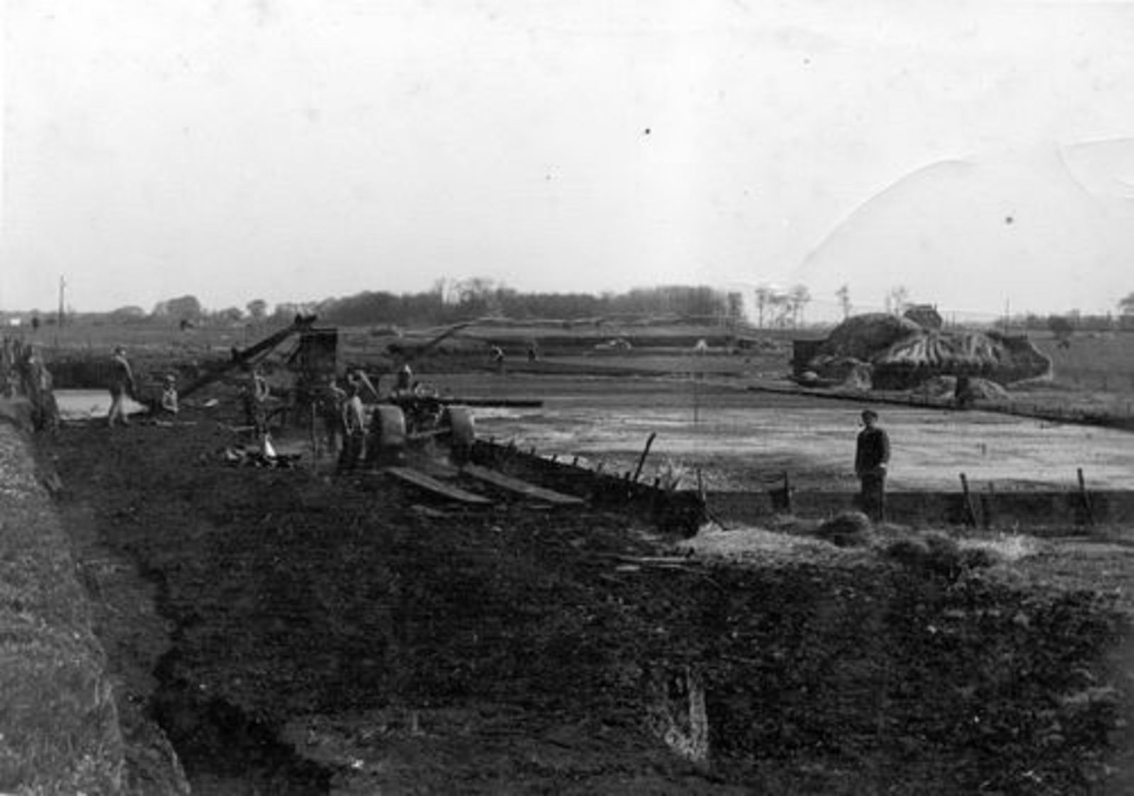 Vijfhuizen 1925± Turfwinning in Veenderij Hendriks 03