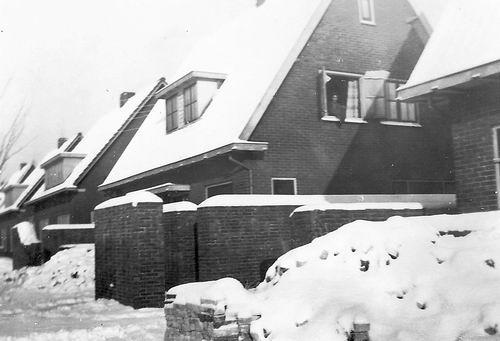 Vijfhuizerweg 0199+ 1945 met Scherfmuren 01