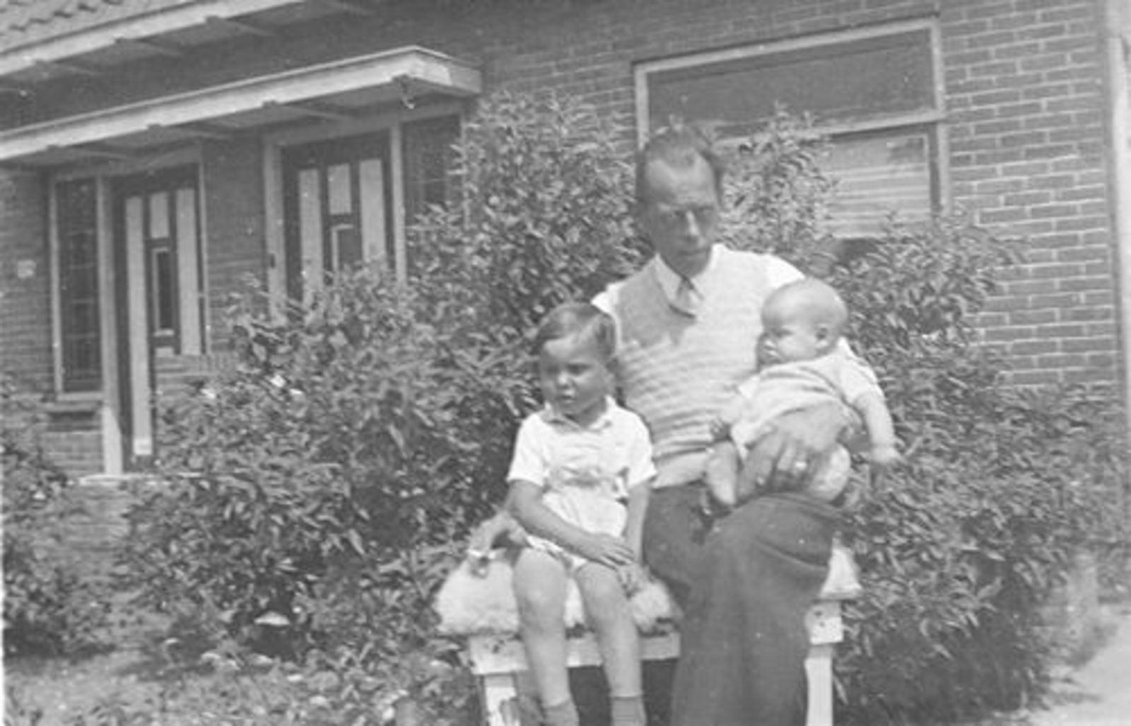 Vijfhuizerweg 0199+ 1947± met Familie Bram Stieva 03