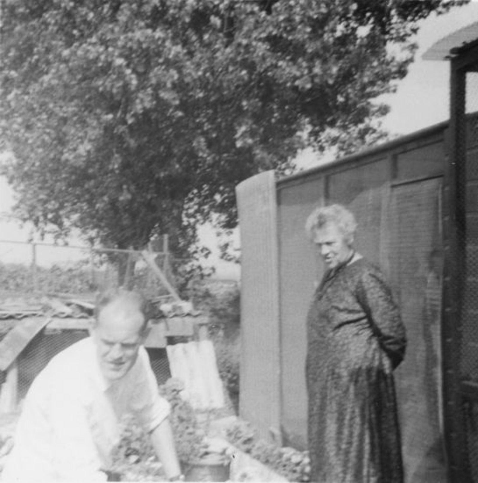 Vuren-Malipaard Pietertje v 1900 19__ Onbekend 20 met (schoon)zoon Co