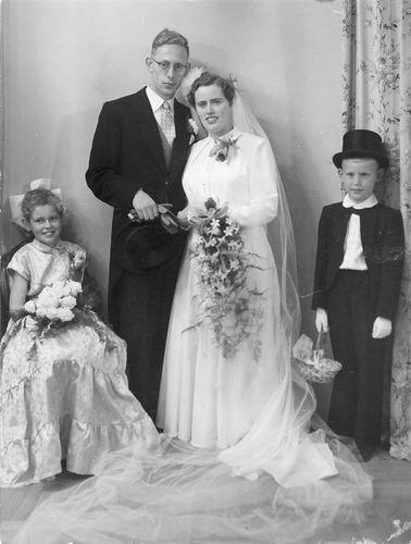 Wakker Piet 1956 trouwt Suus Lommerse 01