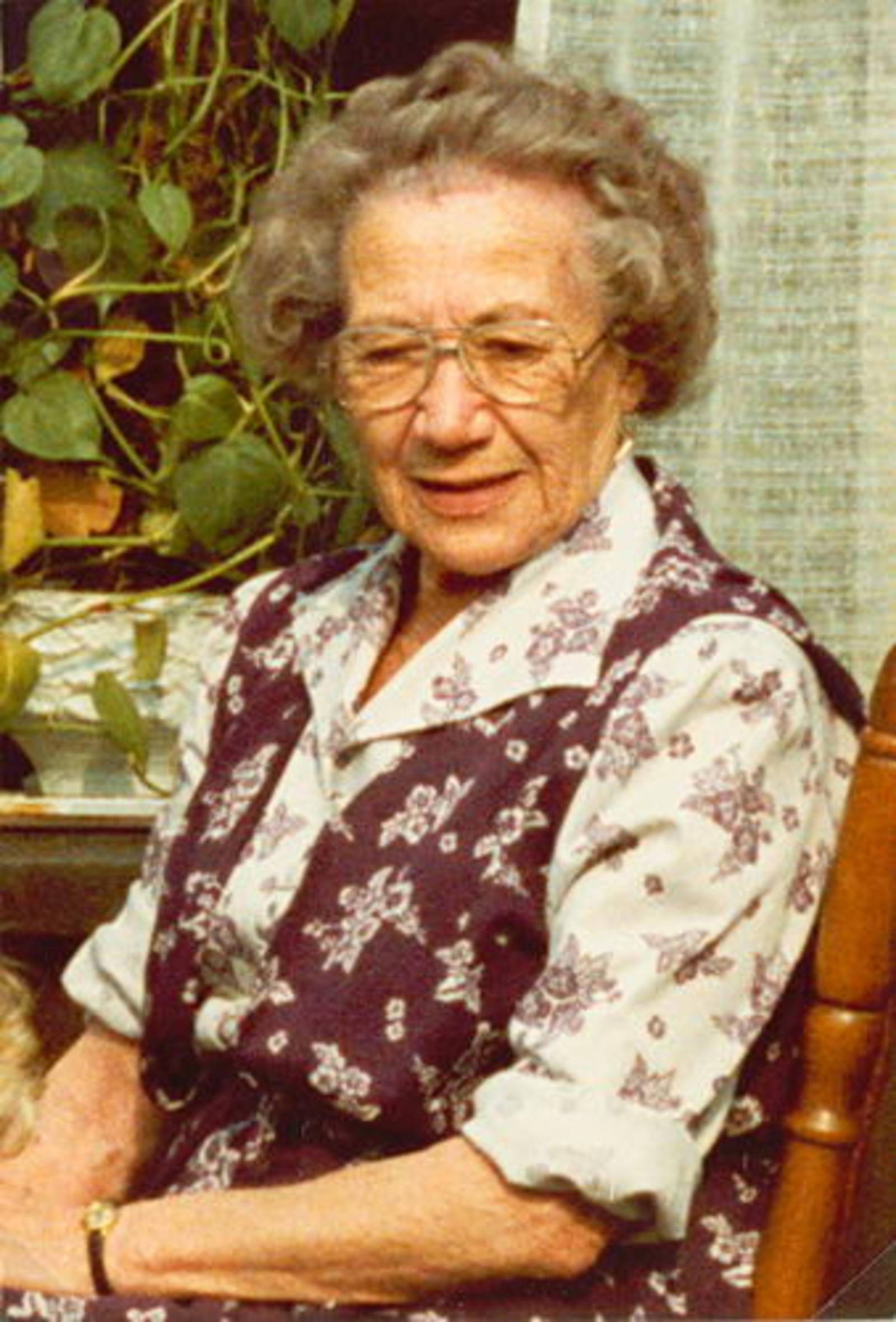 Wassenaar Hendrikus G 1909 19__ Vrouw Elisabeth A Duwel