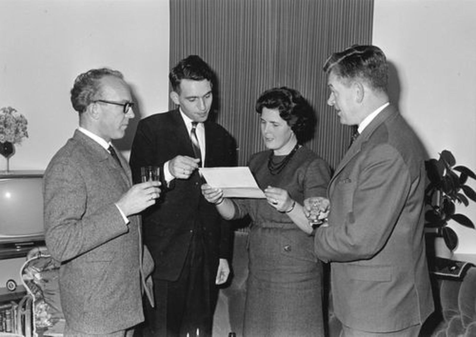 Winkeliersvereniging Hoofddorp 1969-70± 01