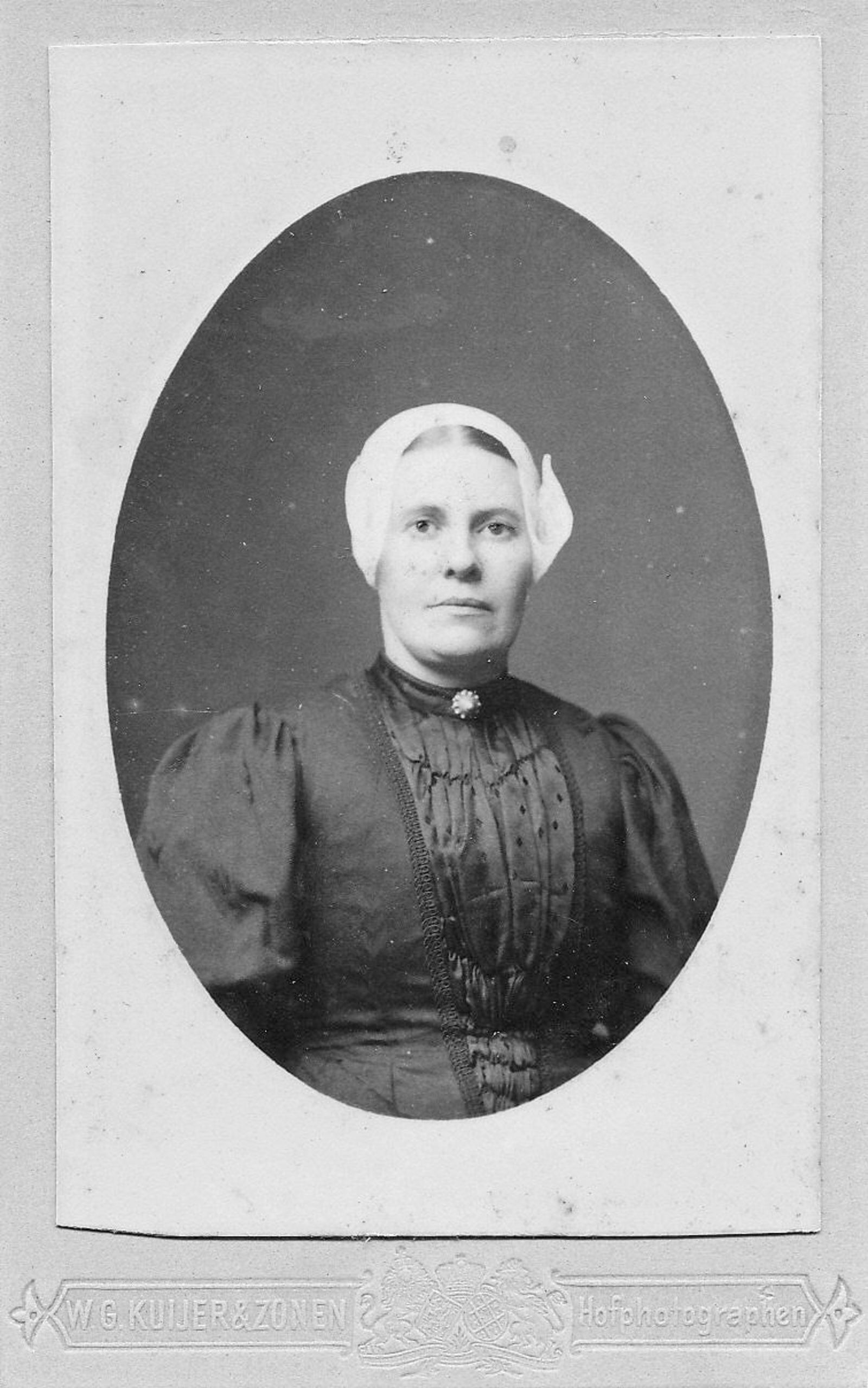 Bos Arie 1857 19__ Portret 2e vrouw Willemijntje Vrijenhoek