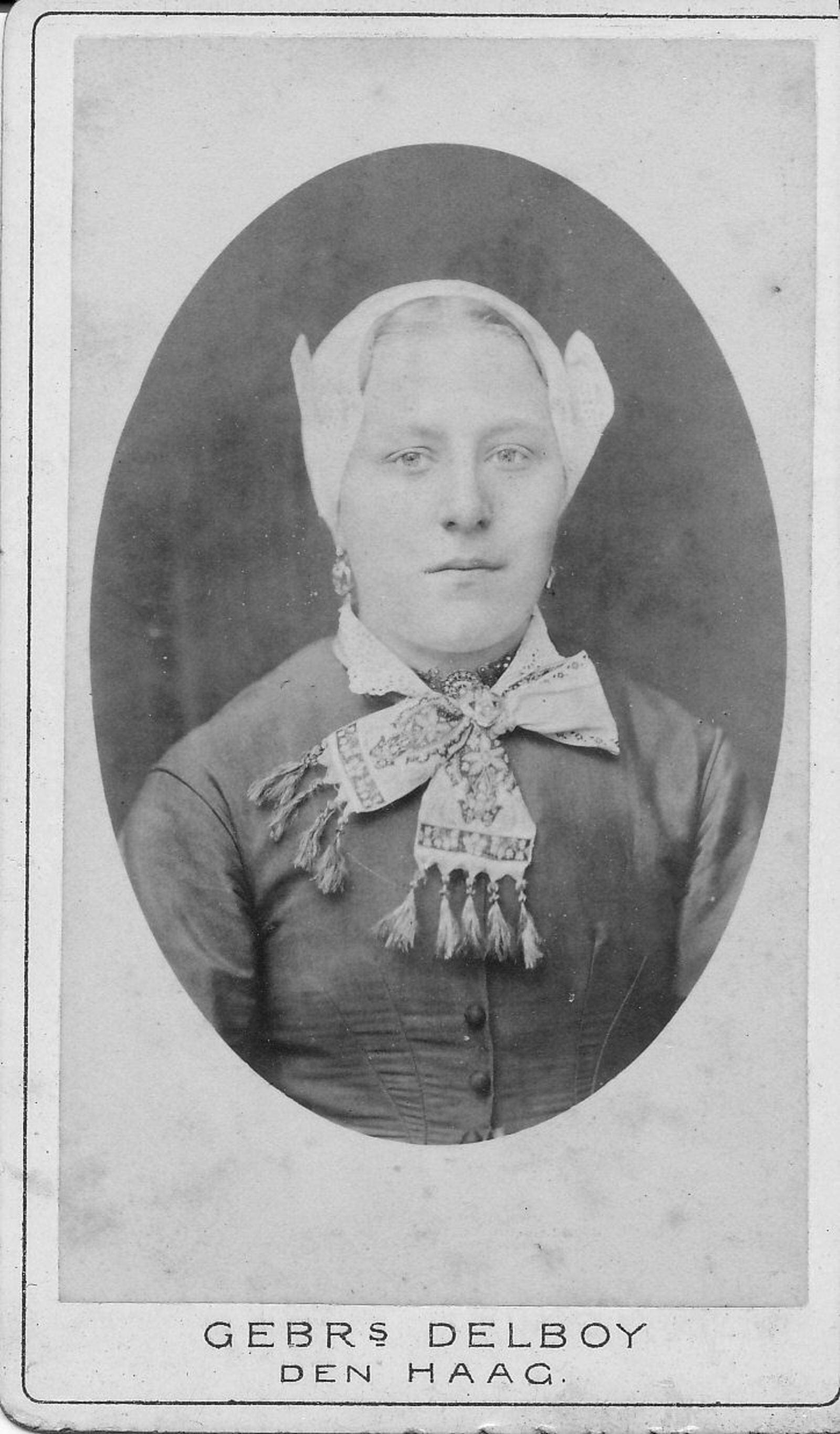 Bos Arie 1857 19__ Portret 1e vrouw Maria Vrijenhoek