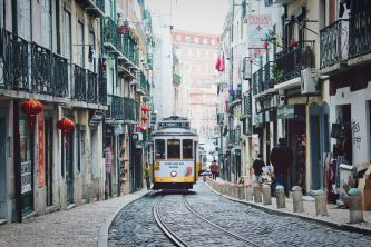 BLOG: THE 5 BEST HANGOUTS IN LISBON