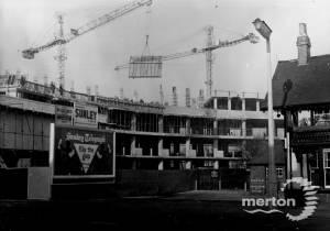 London Road, Morden: Building Crown House