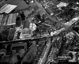 London Road, Mitcham: aerial view
