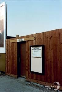 Entry to a Portacabin, Southfields Methodist Church, Wimbledon